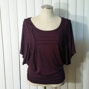 Max Studio crimson  T-Shirt/Top Bat  Sleeve XS